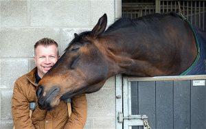 リー・ピアソンさんと馬