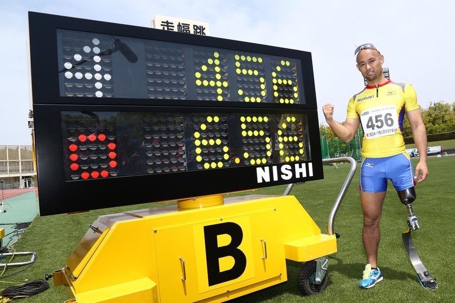山本篤選手 6m56cmを記録