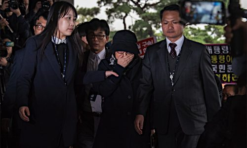 朴大統領の機密漏洩疑惑とは?崔順実氏とは?