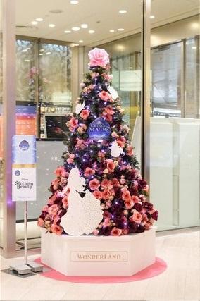 渋谷ヒカリエ ミニツリー(「眠れる森の美女」のオーロラ姫)