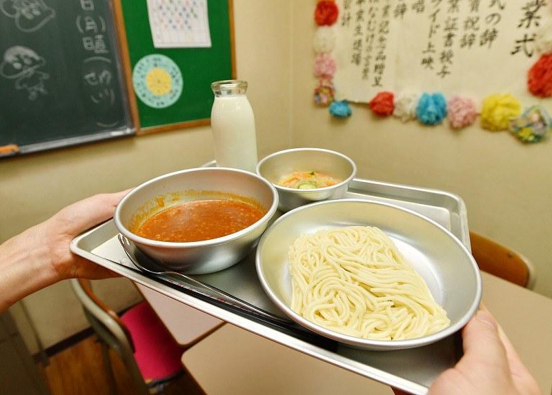学校給食からソフトめんが消える理由は?通信販売で買える?