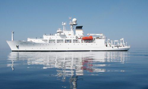 中国が南シナ海で米潜水機を奪った理由は?