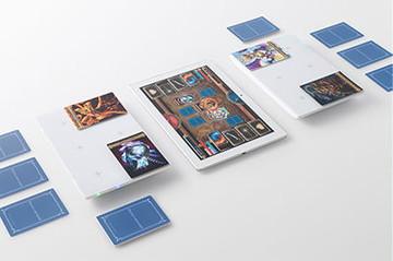 タブレットに接続したパッドとカード(イメージ)