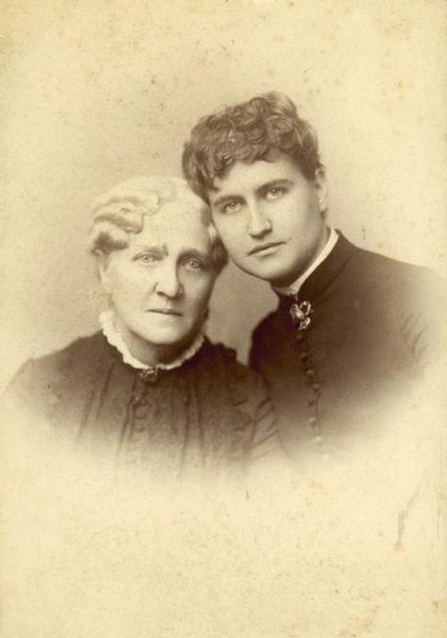 エリザ・シドモアと母