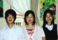 磯貝初奈さんと家族