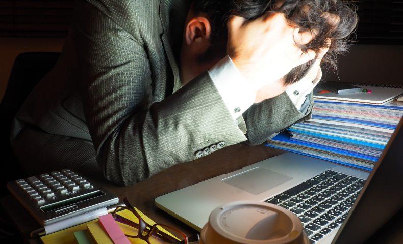 残業100時間ってどのくらい過酷?サービス残業や強制残業は増える?