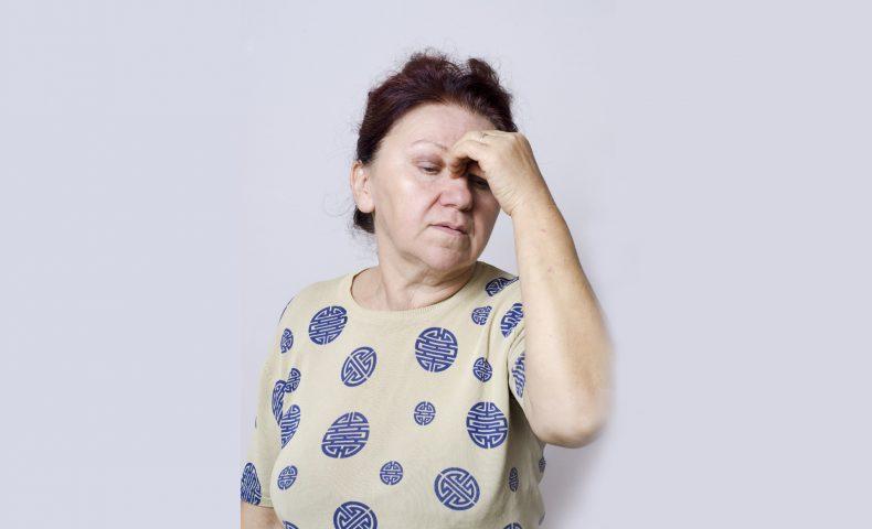 黄斑円孔のステージと症状は?手術費用や入院期間も調べてみた