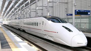 800系新幹線「つばめ」