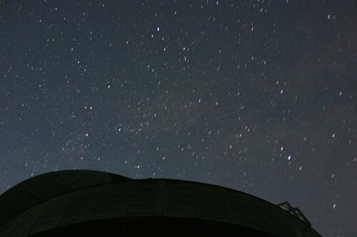 堂平山山頂の星空
