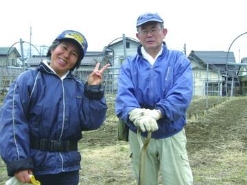 若月美智子さん(左)
