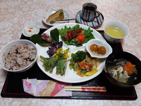 古代米日替わり定食