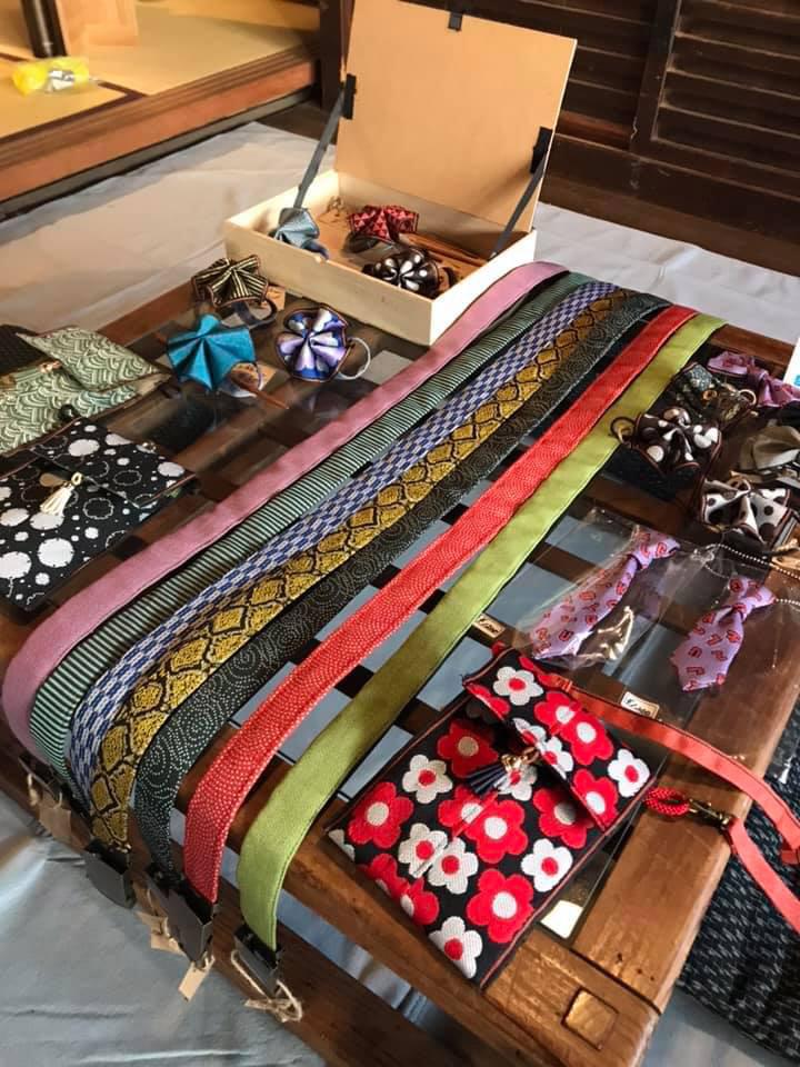 西村信美さんの畳縁小物
