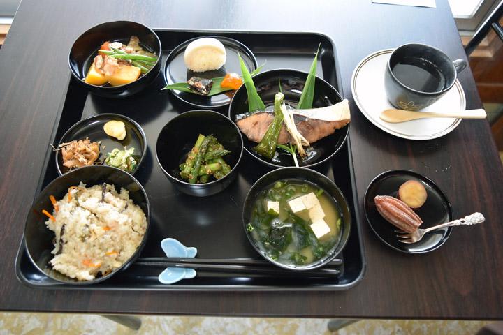 「グランマキッチンえりこ」のお料理