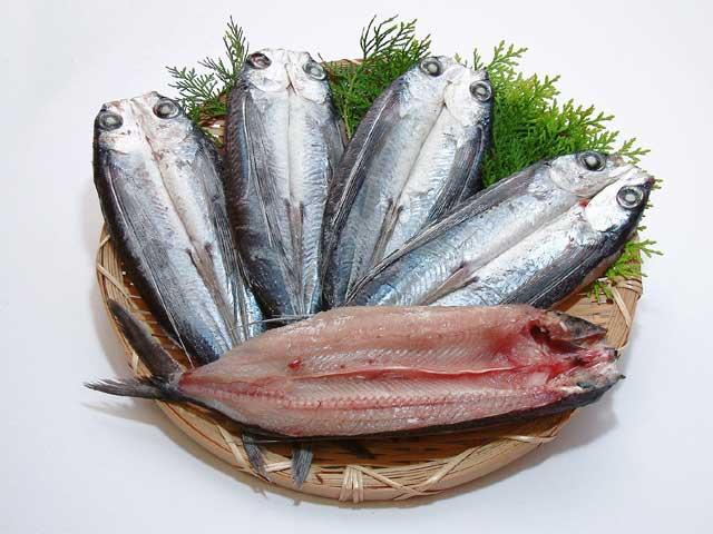 干物海産物通販かすみ屋の「トビウオ(あご)干物セット」