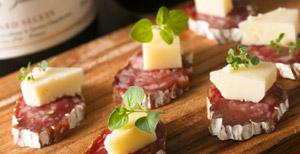 チーズのせサラミ
